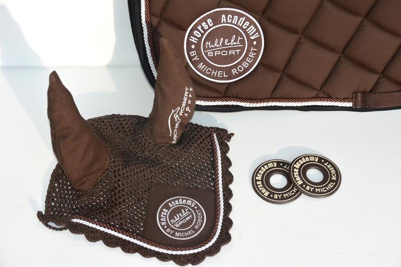 ... Bonnet Michel Robert Sport   Chocolat Et Rondelles De Mors Marron ...